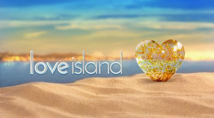Love_Island_(2015)_title-card